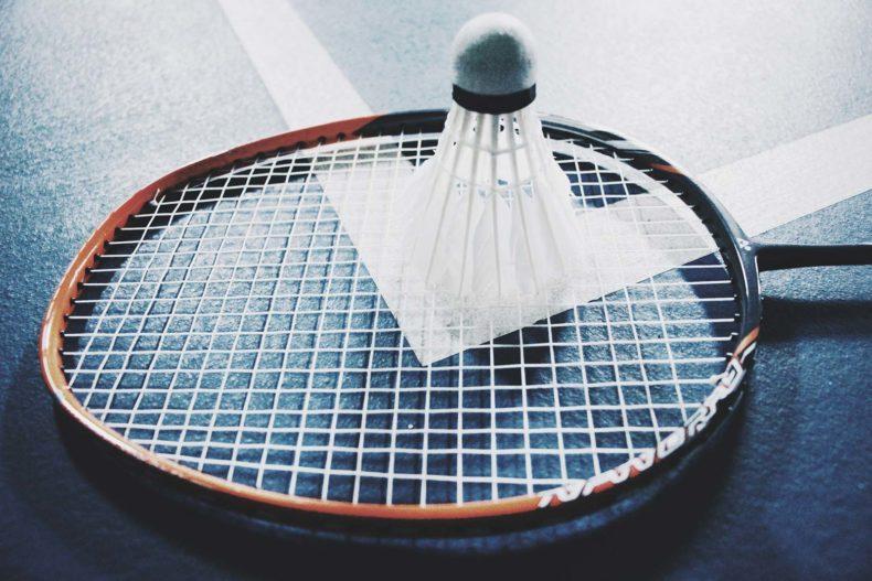 'Complexe' sporten zoals badminton zijn goed voor je HERSENEN 'omdat ze meer nadenken vereisen dan rennen'